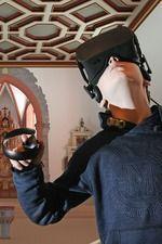 Spieler in Aktion beim  3D-Architektur-Spiel